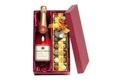Personalised Sparkling Rose Wine and Chocolate Truffles from Buyagift