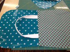 Foto 1 Diy Handbag, Diy Purse, Sewing Aprons, Sewing Rooms, Sewing Lessons, Cotton Bag, Diy Bags, Craft Bags, Sewing Tutorials