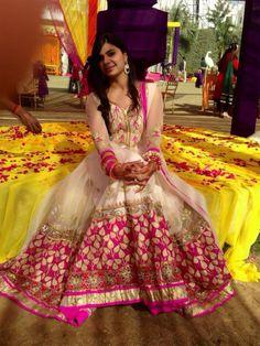 Gorgeous #salwaar kameez #chudidar #chudidar kameez #anarkali #anarkali suits #dress #indian #outfit #shaadi #bridal #fashion #style #desi #designer #wedding #gorgeous #beautiful