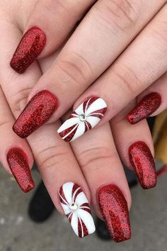 45 Festive Christmas Nail Art Designs and Ideas for 2019 Loading. 45 Festive Christmas Nail Art Designs and Ideas for 2019 Cute Christmas Nails, Christmas Nail Art Designs, Holiday Nail Art, Xmas Nails, Winter Nail Designs, Short Nail Designs, Halloween Nails, Christmas Christmas, Christmas Acrylic Nails