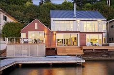 Charming cottage-style home on Lake Washington