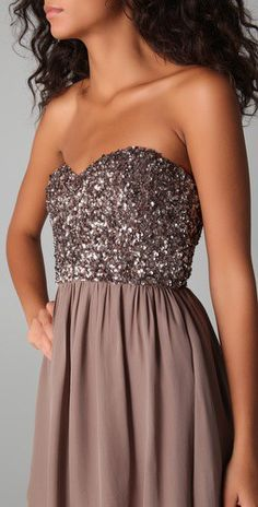 I really love this color, especially with her skin tone. Ugh, that reminds me, Prom is coming up... what to do?