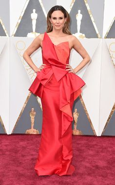 Oscars 2016: Keltie Knight attended the awards ceremony in a coral Lucian Matis gown.