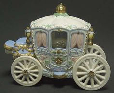 Cinderella's Carriage - No Box in the Legendary Princesses pattern by Lenox China by catrulz Polymer Clay Princess, Polymer Clay Dolls, Porcelain Dolls Value, Porcelain Dolls For Sale, Princess Carriage, Cinderella Carriage, Cinderella Coach, Cinderella Party, Cinderella Pumpkin