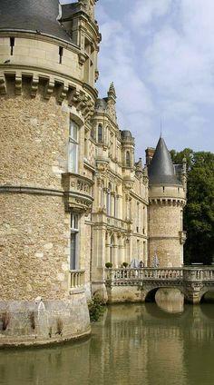 Castelos medievais                                                                                                                                                                                 Mais