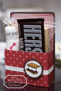 cute smores kit - would be a great party favor for a campout or camping birthday theme. kids-gift-ideas