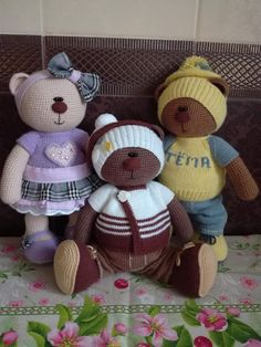 Волшебные ручки — вязаные игрушки | OK.RU Crochet Dolls, Knit Crochet, Amigurumi Toys, Cute Dolls, Crochet Animals, Doll Toys, Pdf, Teddy Bear, Knitting