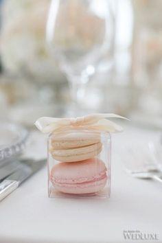 French macaron wedding favors
