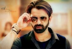 Arnav And Khushi, Gents Hair Style, Mirrored Sunglasses, Mens Sunglasses, Mens Fashion, Fashion Outfits, Handsome Boys, Actors, Hair Styles