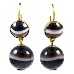 Antique Banded Agate Drop Earrings | From a unique collection of vintage drop earrings at https://www.1stdibs.com/jewelry/earrings/drop-earrings/