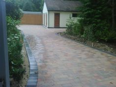http://www.fourseasons.uk.net/driveways/ - For Block Paving Designs, Resin Bonded Surfaces, Driveway Contractors in UK Four Seasons Amenity & Leisure Services LTD  01628 475429