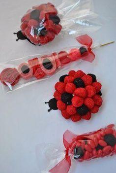 Cumpleaños Ladybug - Paperblog Miraculous Ladybug Party, Ben Y Holly, Candy Kabobs, Bar A Bonbon, Candy Cakes, Chocolate Bouquet, Candy Bouquet, Candy Gifts, Party Treats