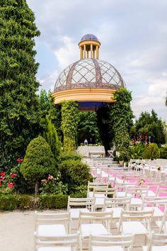 La ceremonia de nuestra boda. Castillo de Viñuelas. Decoración: @bodasdecuento