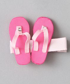 OMG! Need to get Aubrie the flip flop clips! She loves flip flops