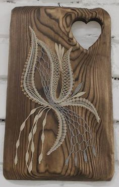 Jana Frajkorova Diy And Crafts, Arts And Crafts, Lace Art, Lacemaking, Point Lace, Linens And Lace, Bobbin Lace, String Art, Wood Carving