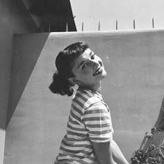 Audrey hepburn circa 1952. Copyrights @thedottis instagram.
