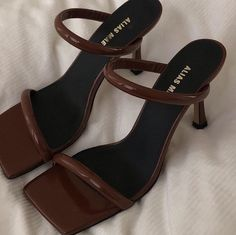 Dr Shoes, Hype Shoes, Me Too Shoes, Shoes Heels, Pumps, Mules Shoes, Stiletto Heels, Aesthetic Shoes, Brown Aesthetic