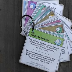 Free Printable Prayer Cards for praying for your kids.