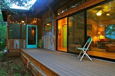 La Arboleda: A Reclaimed Space Rustic Small Cabin - Tiny House Pins Cabins In Texas, Cabins In The Woods, Tiny Cabins, Wood Cabins, Lake Cabins, Small House Design, Cozy Cabin, Modular Homes, Old Barns