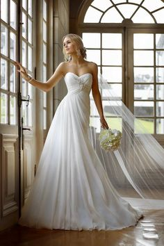 A-line Chiffon Sweetheart Empire Court Train Lace-up Sleeveless Appliques Beading Ruching Wedding Dress