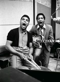Muhammad Ali and Sam Cooke, Black History Album . Muhammad Ali, Sam Cooke, Johnny Cash, Photo Star, Float Like A Butterfly, Haha, Aretha Franklin, Comme Des Garcons, Soul Music
