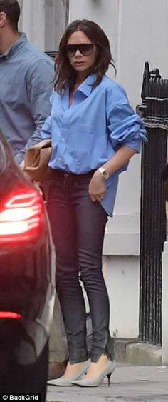 Victoria Beckham PICTURE EXCLUSIVE: Posh looks sombre in London after divorce rumours | Daily Mail Online