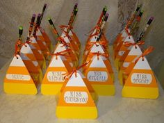 I found the instructions for these adorable candy corn treat boxes while surfing the blogs. You can find the great tutorial here . I decid...