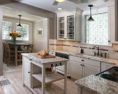 kitchen by Angela Bonfante Kitchen Designs http://www.houzz.com/photos/5427167/Wyatt-transitional-kitchen-columbus