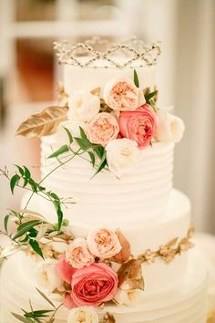 White and Gold Wedding Cake with Fresh Pink Flowers