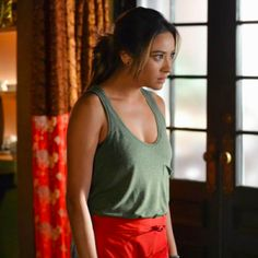Caleb Gives Emily RELATIONSHIP Advice in 'PLL' Sneak Peek! | Fanlala.com