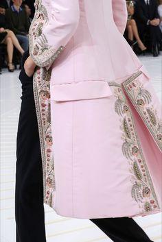 Christian Dior Fall 2014 Couture #rococco return