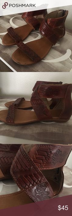 Genuine leather Mexican huaraches sandals Beautiful handcrafted Mexican huaraches, quality leather and craftsmanship Shoes Sandals