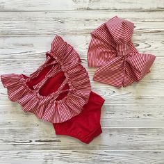 Red Little Girls Swimsuit with Open Back and Striped Ruffles Red baby bathing suit with the head bow Baby Bikini, Baby Swimsuit, Baby Swimwear, Striped Swimsuit, Red Swimsuit, Baby Outfits, Kids Outfits, Baby Girl Fashion, Fashion Kids
