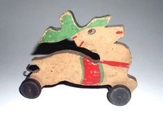 Wooden Toys, Car, Roping Saddles, Projects To Try, Wooden Toy Plans, Wood Toys, Automobile, Woodworking Toys, Vehicles
