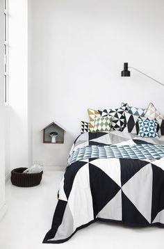 Coussin Large Geometry / coton - 50 x 50 cm - Ferm Living Decoration Inspiration, Interior Inspiration, Design Inspiration, Design Ideas, Home Bedroom, Bedroom Decor, Bedrooms, Bedroom Stuff, Deco Design