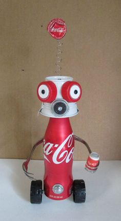 COCA~COLA KID- Found object robot sculpture~assemblage - Gift for Boyfriend Recycled Art Projects, Projects For Kids, Diy For Kids, Kids Crafts, Recycled Crafts For Kids, Simple Crafts, Recycled Materials, Aluminum Can Crafts, Aluminum Cans