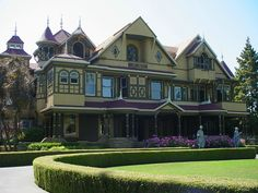 Sarah Winchester Mystery House ......    definately a must see if you are in San Jose, CA