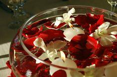 red centerpiece | floating candle wedding centerpieces Wedding decoration ideas