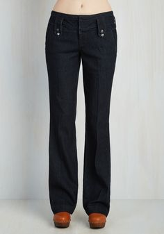 Center Stage Manager Pants. Behind the scenes is where you love to be, and in these dark navy jeans, you ensure that show goes on stylishly! #blue #modcloth