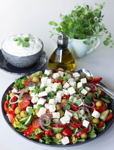 Grädda i mitten av ugnen I Love Food, Good Food, Yummy Food, Caesar Pasta Salads, Zeina, Vegetarian Recipes, Healthy Recipes, I Foods, Food Inspiration
