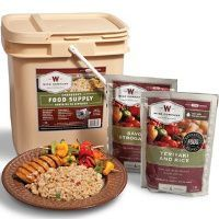 Wise Foods 56 Serving Breakfast/Entree Grab and Go Food Kit, White Survival Food List, Emergency Food Kits, Prepper Food, Emergency Food Storage, Emergency Preparedness, Survival Tips, Survival Stuff, Survival Supplies, Survival Skills
