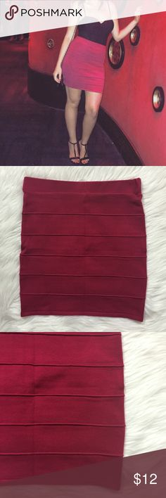 Fuschia Fitted High Waisted Skirt In perfect condition. Fitted, stretchy & high waist bodycon skirt. Made out of 88% Acrylic, 9% Nylon & 3% Spandex. Skirts Mini