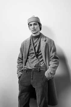 See the complete A.P.C. Fall 2017 Menswear collection.
