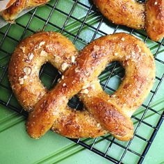 Almond Pretzels with Almond Dipping Sauce