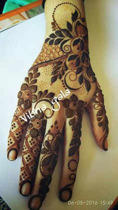 ♀️Mehndi♀️♀️HennaMore Pins Like This At FOSTERGINGER @ Pinterest ♀️ Mehndi Designs 2018, Stylish Mehndi Designs, Mehndi Design Pictures, Henna Designs Easy, Beautiful Henna Designs, Beautiful Mehndi, Arabic Mehndi Designs, Bridal Mehndi Designs, Mehndi Designs For Hands