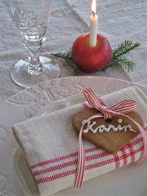 Napkin decoration for Christmas Christmas Feeling, Scandinavian Christmas, Little Christmas, All Things Christmas, Christmas Time, Christmas Crafts, Xmas, Christmas Table Settings, Christmas Tablescapes