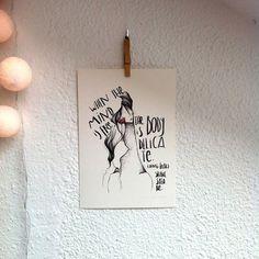 "Lámina Rey Lear.Colección ""Bocetos de Shakespeare"".Edición limitada firmada por Marina Guiu.Impresión sobre papel digital de conquistador de 300gr.Medida A4 (21x 29,7 cm).Para más información:espacio-store@hotmail.com"