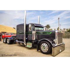 Semitrckn : Photo Custom Peterbilt, Peterbilt 359, Peterbilt Trucks, Big Rig Trucks, Semi Trucks, Cool Trucks, Custom Big Rigs, Custom Trucks, Diesel Pickup Trucks