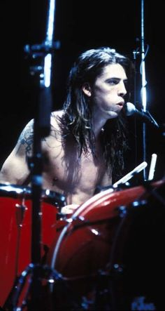 Dave Grohl on stage #Nirvana