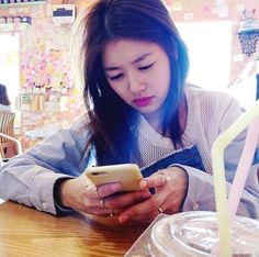 Biriciğim Young Actresses, Korean Actresses, Korean Actors, Jung So Min, Baek Seung Jo, Korean Drama Series, Playful Kiss, Hallyu Star, Social Platform